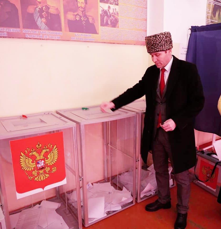 """И. Денильханов: """"Высокая явка избирателей на выборах – показатель доверия народа к руководству"""""""